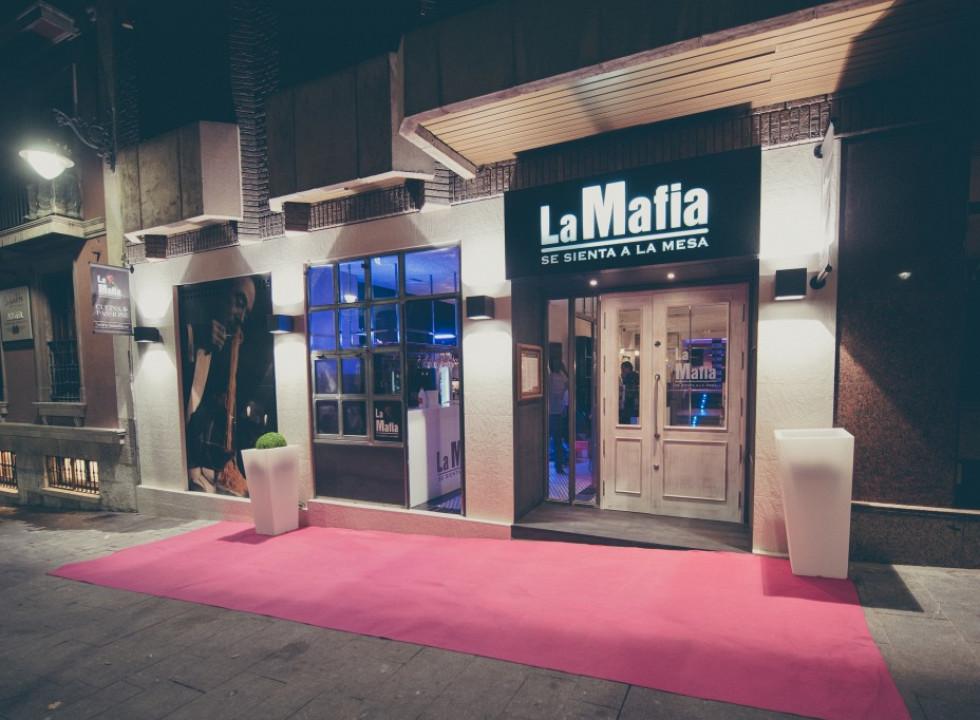 La Mafia se sienta a la mesa_37